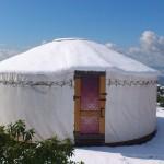 שלג על אוהלי